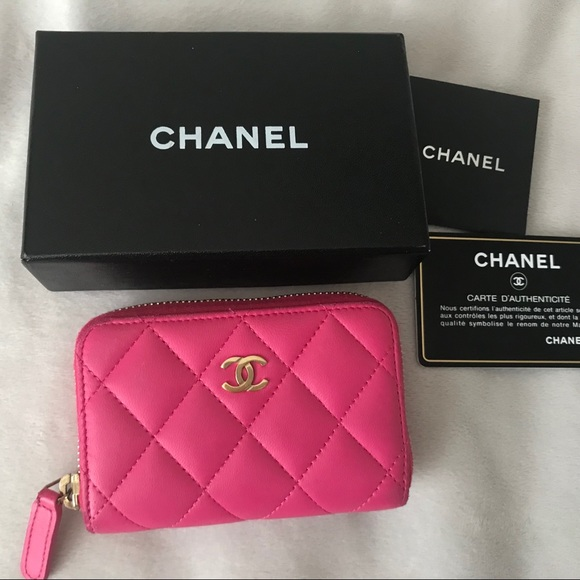f5adf5d2f26a CHANEL Handbags - Chanel Pink Leather CC Zippy Mini Wallet